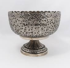 rathi emporio  white metal fruit bowl