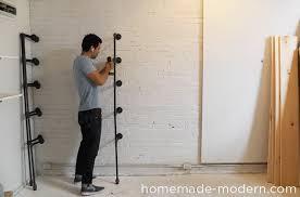 homemade modern diy pipe shelves step 4