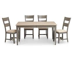 this review is from shaker 5 pc rectangle dining room set