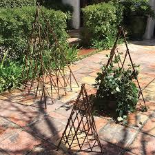 30 lovely garden trellises insteading