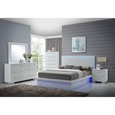 Platform Bedroom Sapphire Platform Bed Bernie Phyls Furniture By New Classic