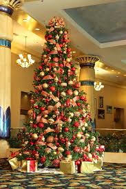 Red and Gold Christmas Tree
