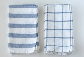 Easy DIY: Turn Ikea Dish Towels Into Cloth Napkins