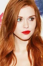 Redhead Beauty 50 Shades Of Red červené Rty Vlasy A Zrzky