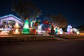 Christmas Light Displays Near Killeen Tx Holiday Display Christmas Lights Brighten Up The Killeen