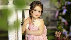 Cute Small Girl With Red Heart Love Images Free Download  Love Cute Small Girl