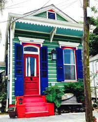 Lovely House Paint Red Green Blue White