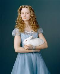 Alice in Wonderland (2010) Photo: New Alice in Wonderland Mia Wasikowska  Photoshoot | Alice clothes, Mia wasikowska, Alice in wonderland