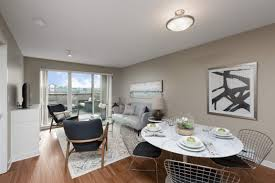 Awesome Langley 2 Bedrooms Apartment For Rent