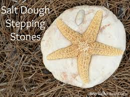 Diy Stepping Stones 30 Beautiful Diy Stepping Stone Ideas To Decorate Your Garden