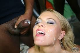Interracial Blow Bang Krissy Lynn Blonde With Huge Tits Goes Down.