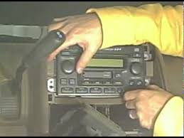 2003 honda cr v aftermarket stereo installation youtube 2004 honda crv wiring diagram at 2003 Honda Crv Wiring Diagram