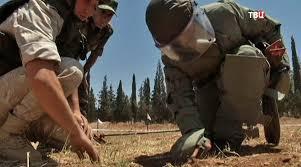 Российские военные вручили дипломы сирийским саперам Новости  cирийские саперы Фото ТВ Центр