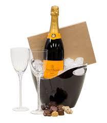 simple celebration chagne gift basket veuve clic gift basket veuve clic gifts end