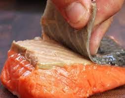 Bí quyết giữ lại giá trị dinh dưỡng trong cách chế biến cá hồi cho bé