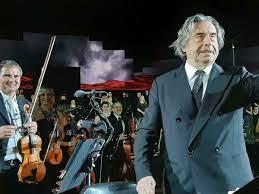 Riccardo Muti compie 80 anni: i festeggiamenti e gli auguri per il Maestro