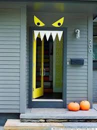 halloween front door decorationsHalloween Door Decorating Ideas  Frighteningly Fabulous