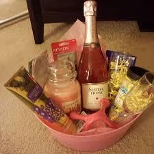 Pin by Ida Daniels on Gift ideas in 2020 | Wine gifts diy, Diy wine gift  baskets, Themed gift baskets