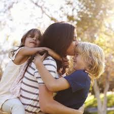 Mutter Sohn Beziehung Ich Liebe Meinen Sohn Mehr Als Meine Tochter