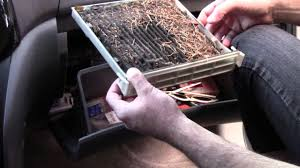 2005 Toyota Sienna easy cabin air filter replacement - YouTube