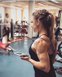 femme russe musculation