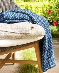 Outdoor Throw Blankets