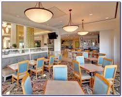 best known for grilled steaks en and seafood outback also offers a wide variety of crisp salads and freshly made soups and sides