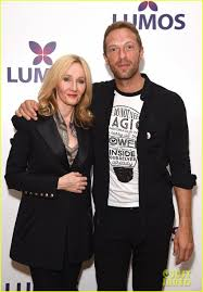 eddie red ne chris martin support j k rowling s charity eddie red ne chris martin support j k rowling s charity