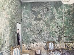where to wallpaper experts explain