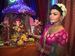 ganesh chaturthi 2013 rakhi sawant brought a filmi ganpati