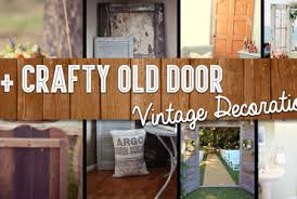 25 crafty old door vine decorations to boost the charm