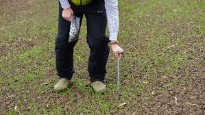 Video How To Sample Your Soil For Analysis Farmers Weekly