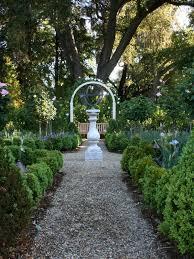 credit image easter garden