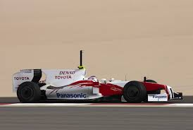 fbuzz net shark fins skate fins and the new williams paint job trulli testing the tf109 in