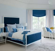 white and blue bedroom curtain idea