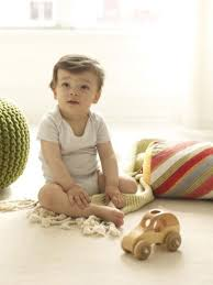 How To Be A Good Baby Sitter How To Find A Great Babysitter And What To Pay Them Parenting