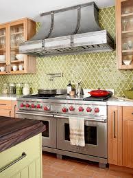 bold kitchen backsplash idea