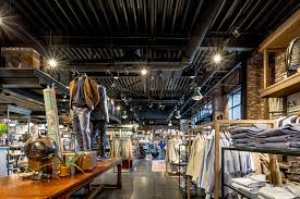 Light4u Led Lighting For Retail Showrooms Utility And Hospitality