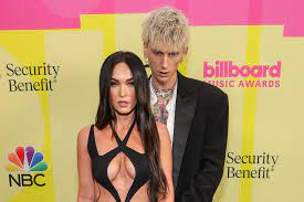 Megan Fox loves matching outfits with ...