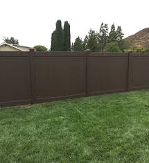 Brown vinyl privacy fence Golden Brown Privacy Woodland Select Colors Chestnut Brown Massey Construction Inc Fence And Deck Vinyl Fencing Bobs Fence Of Ventura And Santa Barbara The
