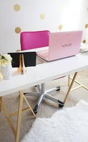 Office Room: Pink Desktop Workspace - Girly Workspace