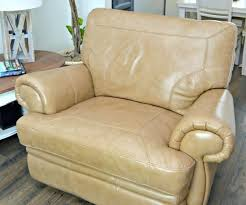 cleaning leather couch how to clean leather furniture naturally can you clean a leather couch with baby wipes