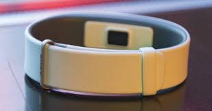 Фитнес-браслет, который слушает сердце. Обзор <b>Sony</b> ...