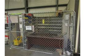 2 10 39 x 10 39 chain link panels contents desk and wood shelves 160