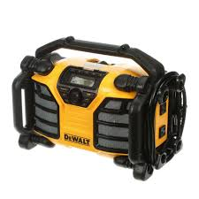 20 volt max worksite radio with built in charger