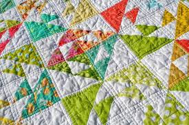 Spring Fling: 7 Fun Spring Quilt Patterns & Kissing Fish Baby Quilt: Spring Quilts on Craftsy Adamdwight.com