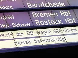 Weselsky hatte bereits am montag verkündet, dass seiner ansicht nach die hürde des mindetsprozentsatzes der. Deutsche Bahn Streik Legt Grosse Teile Des Bahnverkehrs Auch In Bayern Lahm Startseite Idowa