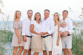 Family Beach Photos 8 Most Beautiful Outfit Ideas For Family Beach Pictures By Top