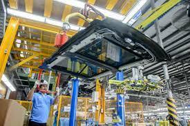 เมอร์เซเดส-เบนซ์ ต่อสัญญาธนบุรีประกอบรถยนต์ พร้อมประกอบรถยนต์ในไทยครบ  100,000 คัน