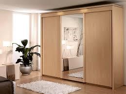 Sliding Mirrored Closet Doors For Bedrooms Decorate An Mirrored Sliding Closet Doors